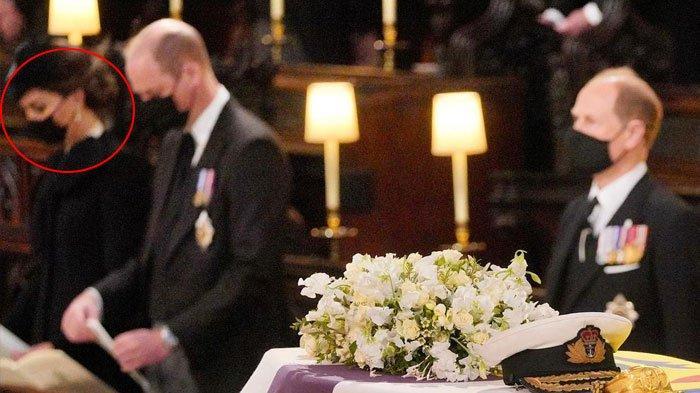 Curi Perhatian, Apa Makna Kalung Choker Mutiara Kate Middleton di Pemakaman Pangeran Philip?