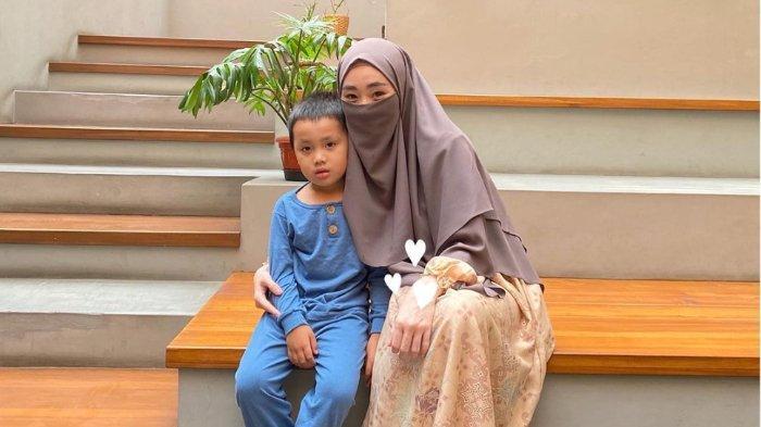 Larissa Chou Kaget Dengar Permintaan Putranya dengan Alvin Faiz, Yusuf: 'Minta Papi Baru'