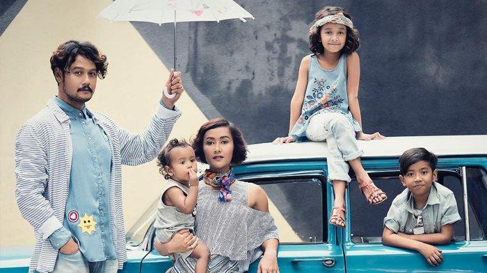 Tengok Keseruan Anak-anak Dwi Sasono dan Widi Mulia Saat Ngabuburit, Nyanyi dan Menari Bareng