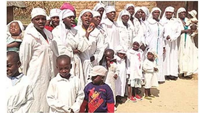 Keluarga Misheck Nyandoro, veteran perang Zimbabwe