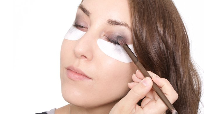 5 Rekomendasi Eyeshadow Warna Netral Buat Kamu Para Pemula