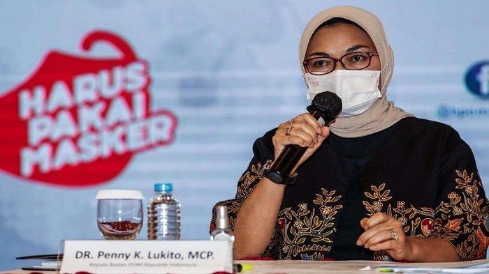 Kepala Badan Pengawas Obat dan Makanan (BPOM) Penny Lukito memberikan keterangan pers di Kantor BPOM, Jakarta Timur, Kamis (19/11/2020). Vaksin covid-19 yang ditargetkan Desember tertunda dan bakal mundur pada Januari 2021. Di Indonesia sendiri, pengadaan vaksin covid-19 akan didatangkan dari CanSino Biologics Inc, Sinovac Biotech Ltd, dan Sinopharm (G42), tiga perusahaan China. Tiga vaksin Covid-19 tersebut direncanakan akan tiba pada akhir tahun ini.