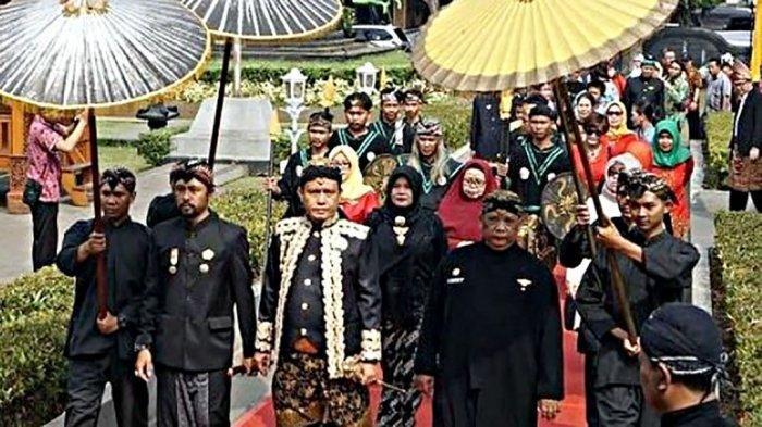 Muncul Kerajaan Djipang di Blora, Ganjar Pranowo Singgung Bedanya dengan 'Ngerinya' KAS Purworejo