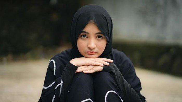Komika Arafah Rianti, dikabarkan putus dengan Jevi Santosa