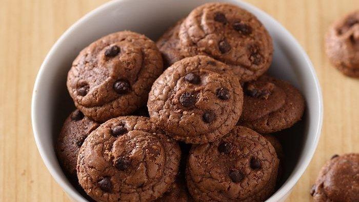 Cara Membuat Camilan yang Disukai Anak-anak, Bikin 4 Resep Kue Kering Cokelat, Masak di Rumah Aja