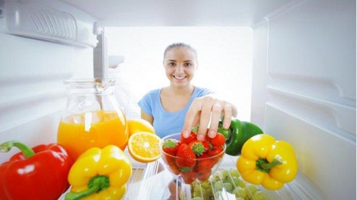 5 Hal yang Dilarang Dilakukan Saat Merawat Kulkas, Jangan Taruh Soda di Freezer!