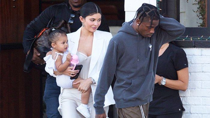 Kylie Jenner Dikabarkan Hamil Anak Kedua dengan Travis Scott, Stormi Webster Bakal Menjadi Kakak