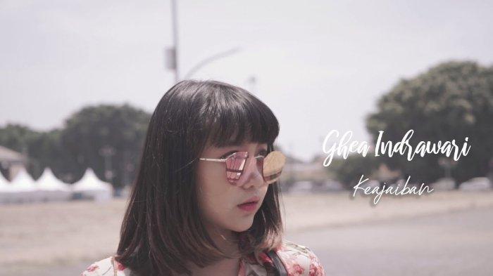 DOWNLOAD Lagu Baru 'Keajaiban' - Ghea Indrawari: Lengkap dengan Lirik, Chord, dan Music Video