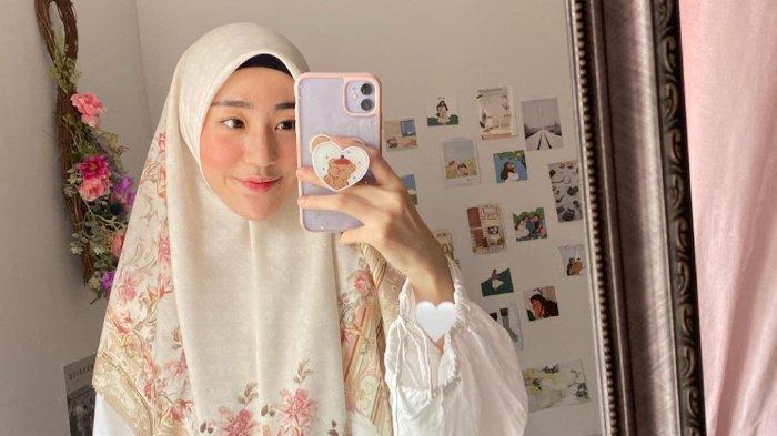 Larissa Chou belum niat untuk menikah lagi meski ratusan pria telah menantinya.