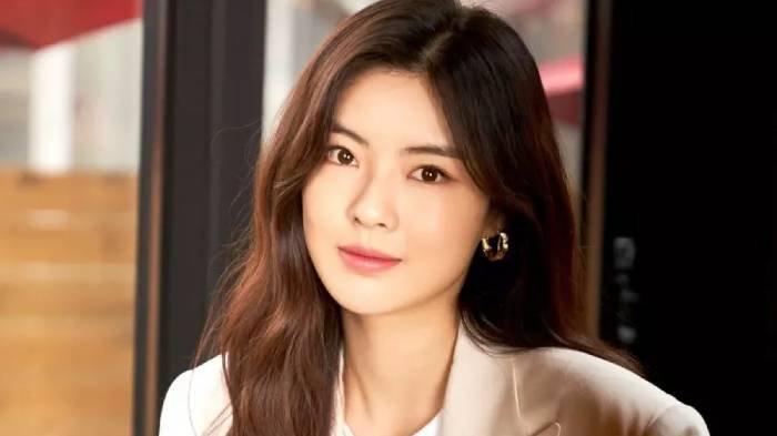 Profil Lee Sun Bin, Biodata Lengkap dan Fakta Menarik Aktris Korea Pacar Lee Kwang Soo