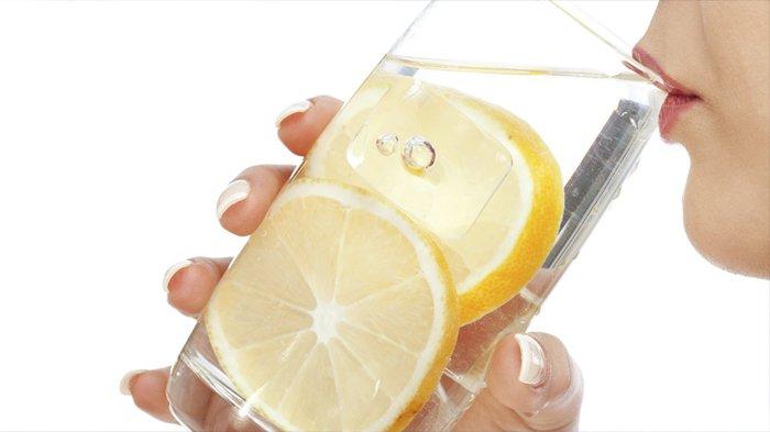 POPULER Air Hangat & Lemon Berkhasiat, tapi Bisa Bahaya untuk Orang dengan Kondisi Tertentu