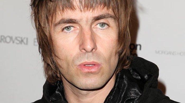 Album Terbaru Liam Gallagher - Eks Vokalis Oasis Ini Bocorkan Judul Album Barunya!