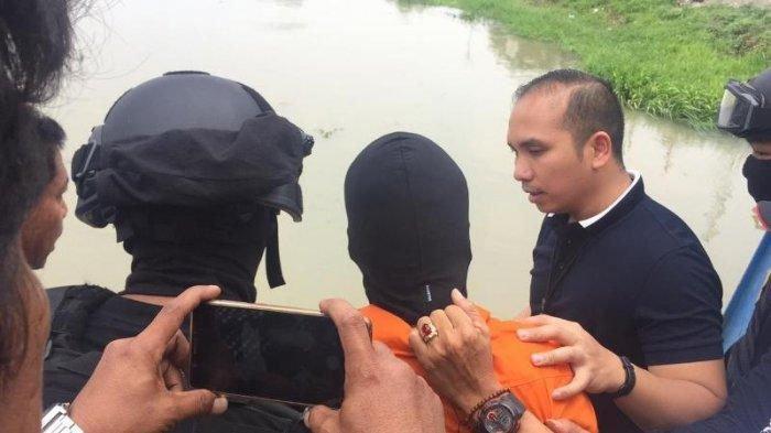 Jadi Barang Bukti Pembunuhan Satu Keluarga Bekasi, Linggis yang Dipakai Pelaku HS Sepanjang 80 cm