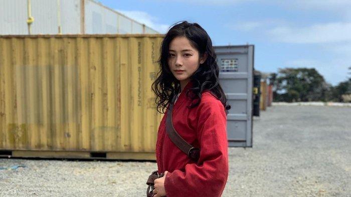 Intip Pesona Liu Yaxi, Pemeran Pengganti Liu Yifei di Film Mulan, Tak Kalah Cantik, Jago Bela Diri
