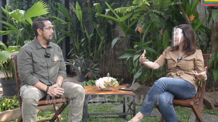 Maia Estianty saat berbincang dengan pengacara kondang, Sunan Kalijaga.