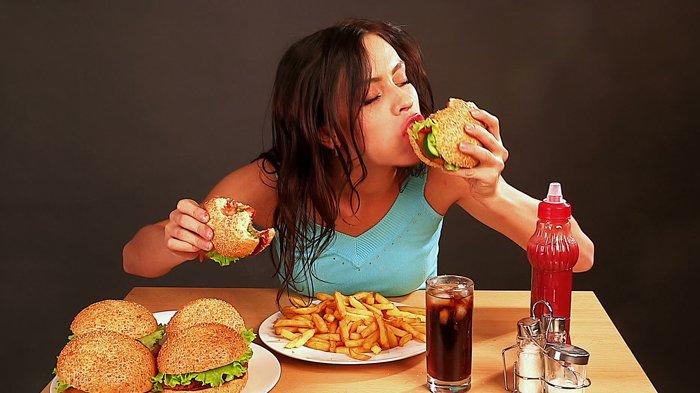 Awas,Ternyata Begini Bahaya Kesehatan Mengunyah Makanan di Sisi Mulut Saja!
