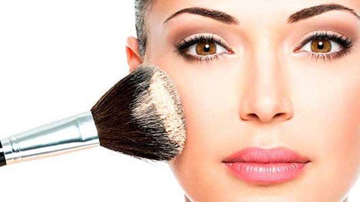 5 Inspirasi Make up Natal 2019, Meriahkan Hari Raya & Liburanmu dengan Riasan Mudah untuk Pemula Ini