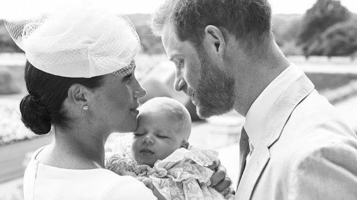 Pangeran Harry dan Meghan Markle Undur Diri dari Anggota Senior Kerajaan, Gimana Nasib Archie?
