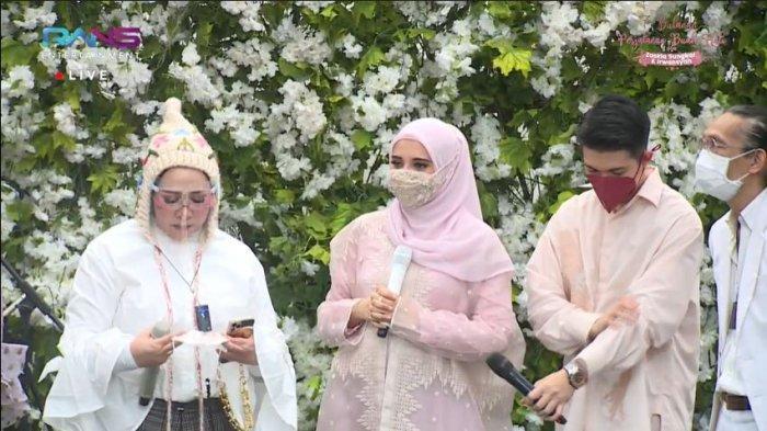 Acara 7 Bulanan Zaskia Sungkar, Melly Goeslaw Bongkar Panggilan Calon Anak ke Irwansyah & Sang Istri