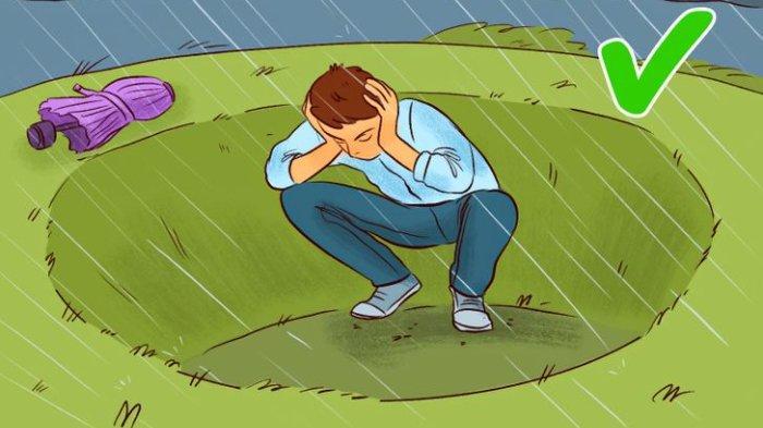 11 Hal yang Tidak Boleh Dilakukan saat Terjadi Hujan Badai di Dalam dan Luar Rumah