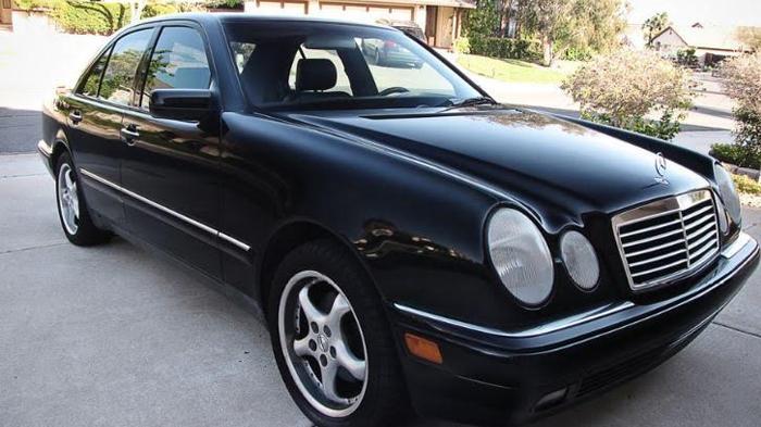 Mobil Mewah Harga Bersahabat 3 Mercedes Benz Ini Bisa Jadi Pilihan Nomor Terakhir Cuma 30 Jutaan Halaman All Tribunstyle Com