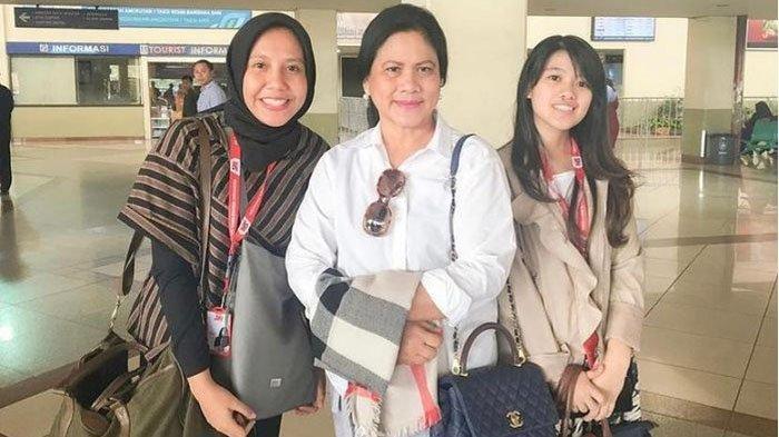Nadya Arifta, Iriana Joko Widodo dan satu temannya
