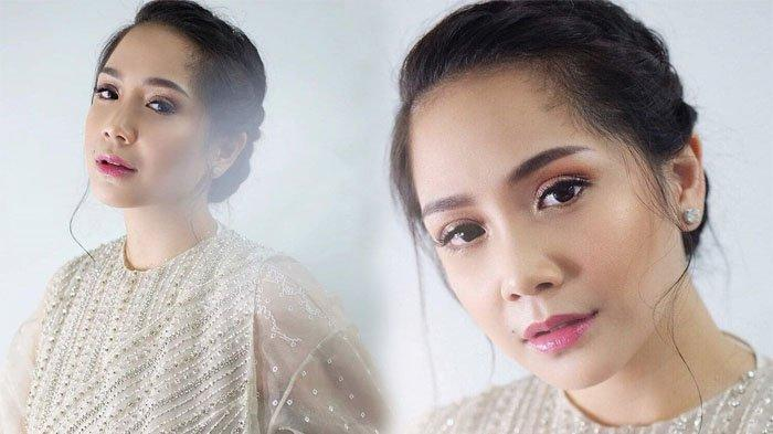 Perawatan Rambut di Salon, Nagita Slavina Menggunakan Cardigan Super Mahal & Case HP Branded