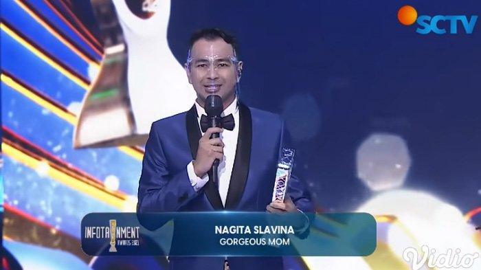 Nagita Slavina yang diwakili Raffi Ahmad raih penghargaan Gorgeous Mom.