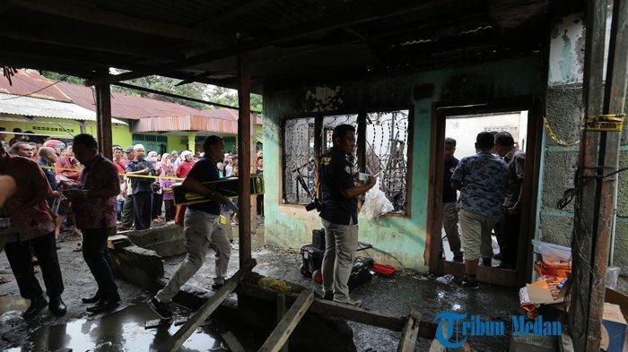 Diduga Gembok Pintu, Nasib Mandor Pabrik Mancis, Ikut Tewas Terbakar di Antara 30 Korban.Suasana di lokasi kebakaran pabrik mancis di Desa Sambirejo, Binjai, Sumatera Utara, Jumat (21/6/2019)