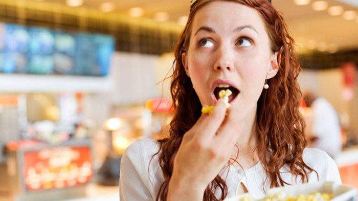 Ngemil Memang Menyenangkan tapi Waspada Berat Melonjak, Hindari 4 Hal Ini: Jangan Makan Sembarangan