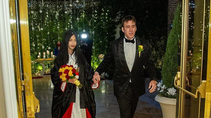 Nicolas Cage menikah untuk kelima kali.