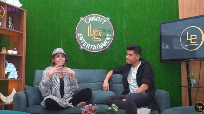 Potret Nikita Mirzani dan Jaz Hidayat di kanal YouTube Langit Entertaiment
