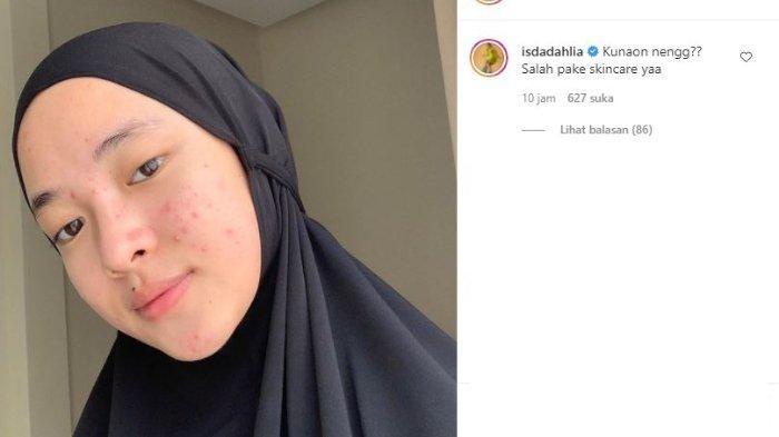 Nissa Sabyan pamerkan potret tanpa make up.
