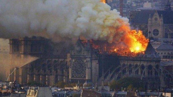 Gereja Notre Dame Paris Terbakar, Ini 7 Fakta Terbaru yang Berhasil Dihimpun