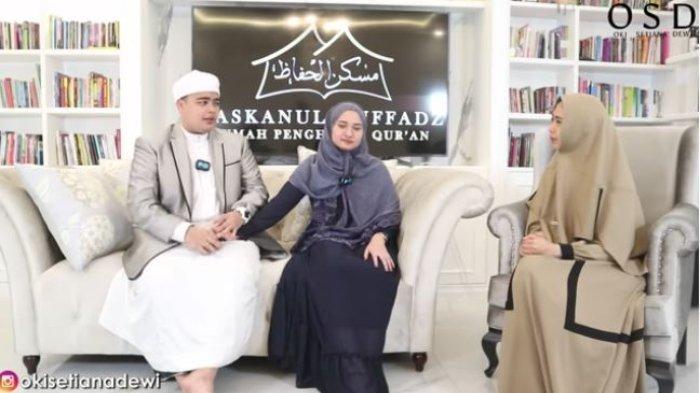 Oki Setiana Dewi tanyakan soal poligami ke Ameer Azzikra dan Nadzira Shafa.