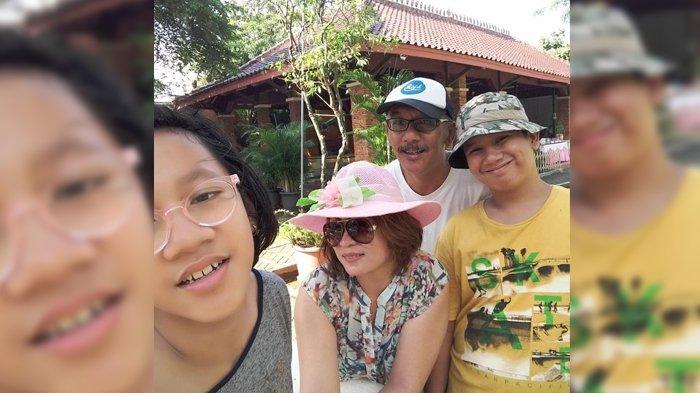 Pak Taka liburan bareng keluarga