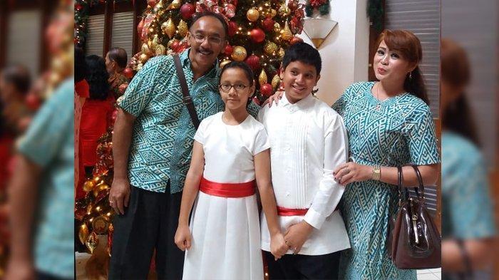Pak Taka rayakan Natal bersama istri dan dua anaknya