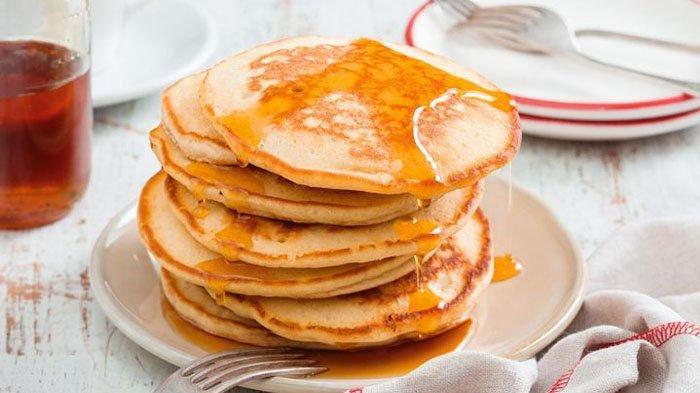 4 RESEP Pancake Masak di Rumah: Bayam Saus Keju, Durian, Jagung Keju, Mayo Strawberry