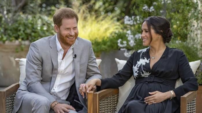 Pangeran Harry dan Meghan Markle dalam wawancara bersama Oprah Winfrey pada 7 Maret 2021.