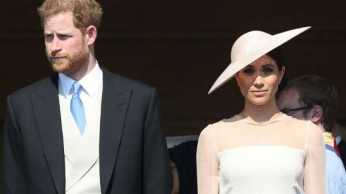 Tangan Meghan Markle Dicium Oleh Sosok Pria ini, Lihat Ekspresi Pangeran Harry, Cemburu?