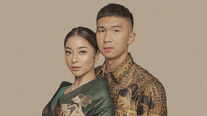 Pasangan Nikita Willy dan Indra Priawan