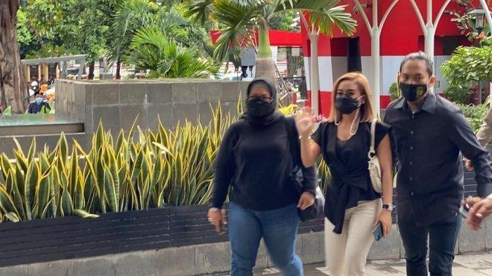 Pedangdut Cita Citata memenuhi panggilan Komisi Pemberantasan Korupsi (KPK), Jumat (26/3/2021).