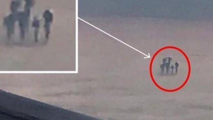 Suka Ambil Foto di Atas Awan, Penumpang Ini Kaget Lihat Penampakan Manusia sedang Berjalan!