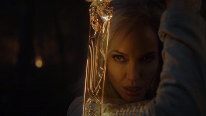 Penampilan Angelina Jolie dalam cuplikan film Eternals.
