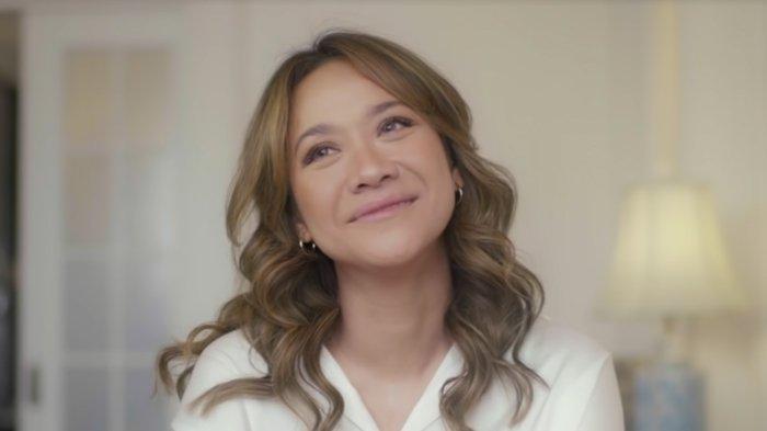 Penampilan BCL dalam video musik Selamanya Cinta.