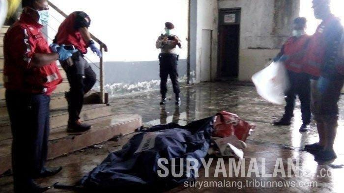 Penemuan mayat terpotong-potong bikin geger warga sekitar Pasar Besar Kota Malang, Selasa (14/5/2019) siang.