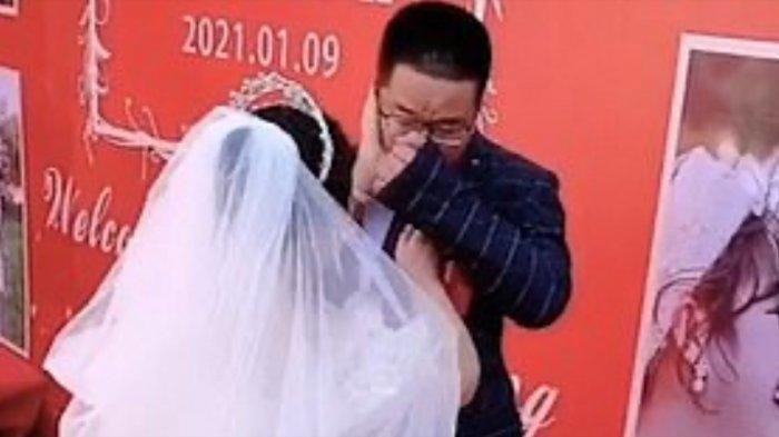 Pengantin pria menangis sesenggukan kecewa pernikahannya sepi tamu