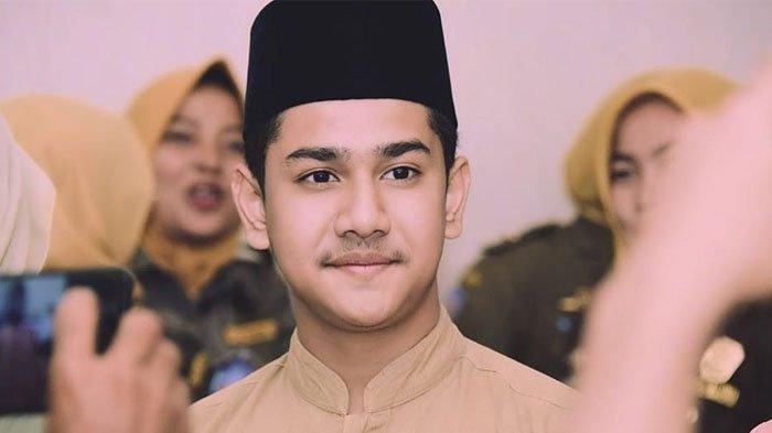 Penyanyi sekaligus aktor Syakir Daulay