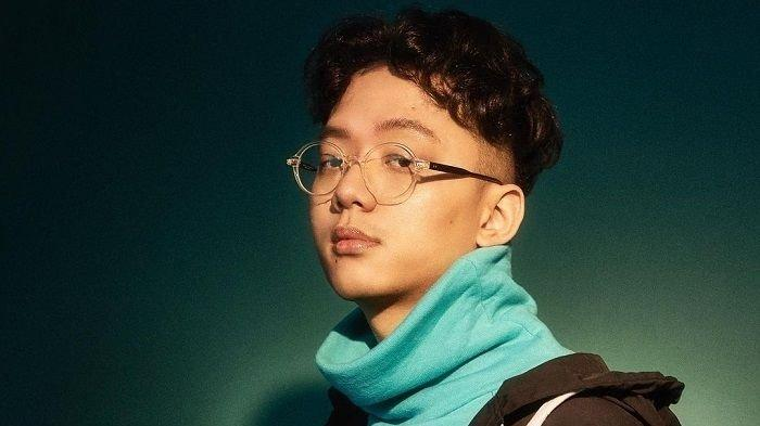 Penyanyi Singapura, Sezairi Sezali, pelantun lagu It's You yang viral di TikTok.