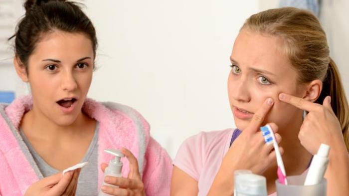 BENARKAH Pasta Gigi Ampuh Hilangkan Jerawat? Kenali Efek Sampingnya: Bisa Membuat Kulit Iritasi